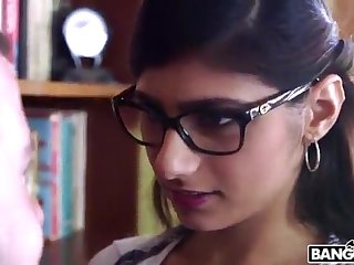 BANGBROS - Mia Khalifa is All round and Sexier Than Ever! Check Clean out Out!